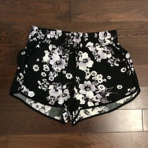 Garage floral flowy shorts